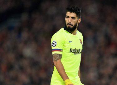Barça : opération du genou pour Luis Suarez